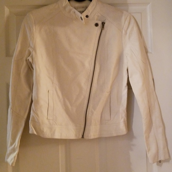 21b7530b5bf7c3 NWT FOREVER 21 White Moto Biker Jacket